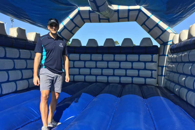 XL Knights Jumping Castle