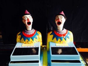 Laughing clowns – 2 Heads