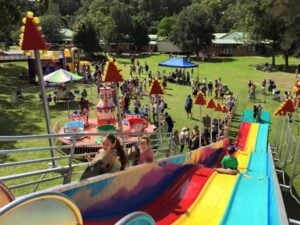Fete Outlook Top Giant Fun Slide